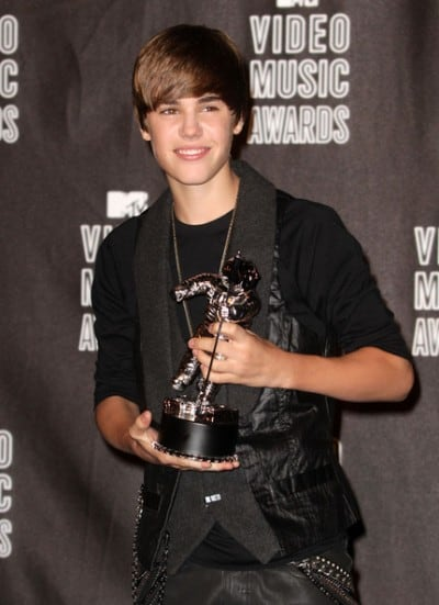 Justin won the award for 2010 MTV Video Music Awards Best New Artist .