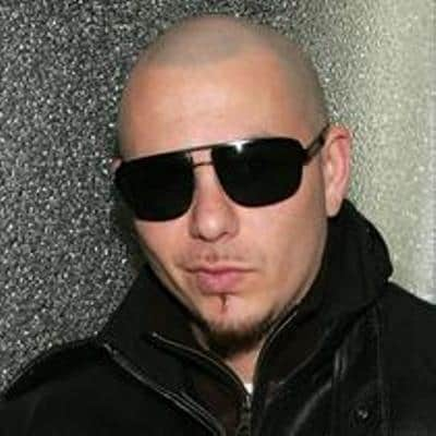 The American rapper and songwriter Pitbull with sunglasses photo.