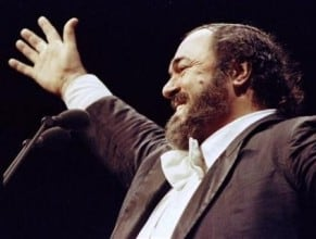 Pavarotti singing opera