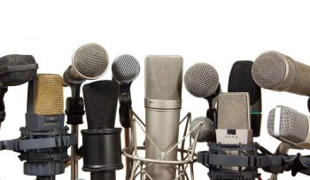Different types of microphones and its price.